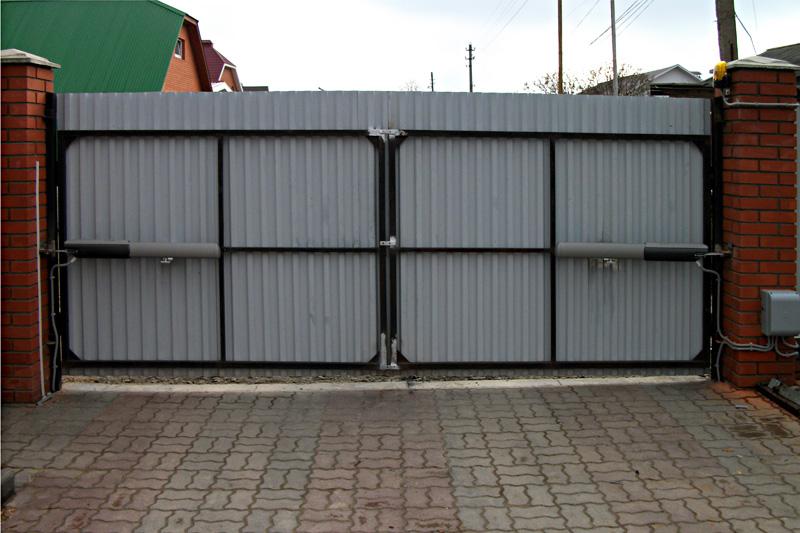 Привод автоматических ворот для открывания наружу